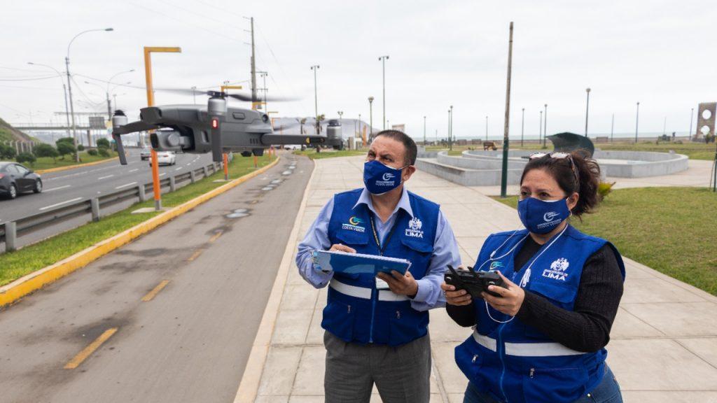 Municipalidad de Lima emplea dron para inspeccionar acantilados de la Costa Verde